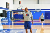 Williams interviews to be Lakers coach