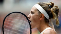 Azarenka shakes off jet-lag to beat Zvonareva in duel of ex-stars