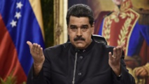 Maduro claims army support while Guaido supporters gather