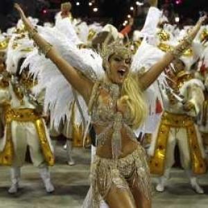 Rio dazzles in Carnival finale