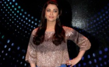 Bollywood star Aishwarya Bachchan, daughter in hospital with Covid-19