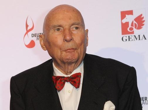 Hans Werner Henze, doyen of German music, dies at 86