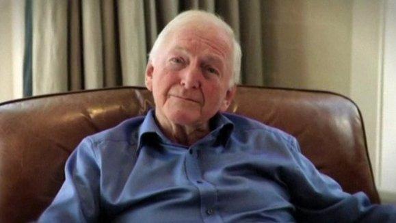Australian author Bryce Courtenay dead