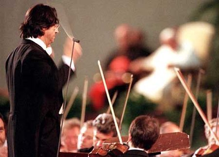 Italian maestro Riccardo Muti launches Rome Opera season