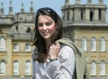 British novelist Mantel defends Kate comments