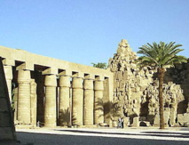 Egypt exhibits antiquities that survived 2011 uprising