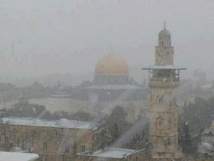 Jerusalem buried in snow as rare storm pounds Mideast