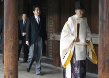 Japan PM's visit to Yasukuni war shrine infuriates China