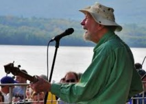 In Pete Seeger's wake, protest music lives on