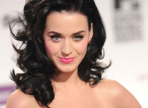 Katy Perry sets Twitter milestone with 50 mln followers