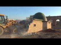 Iraq jihadists dynamite Shiite shrine in Mosul