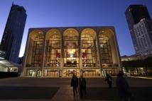 New York Met ends union standoff, season on schedule