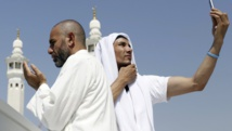 Snap! Hajj selfies gain popularity, spark controversy
