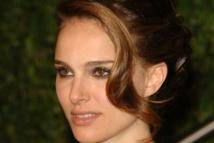 Natalie Portman sits in on retro space-age Dior fashion show