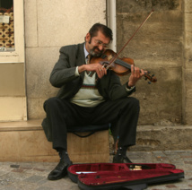 New code brings harmony to London's buskers