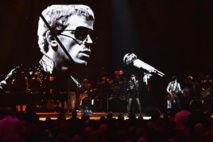 Musical greats hail Lou Reed at Hall of Fame