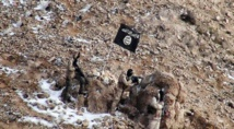 IS beheads opposition fighters in Damascus suburb: monitor