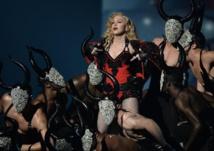 In US debut, singer Druet seeks to transcend language