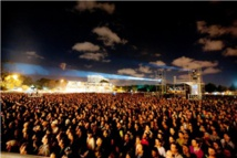 Crowds flock to Morocco music festival tinged with controversy