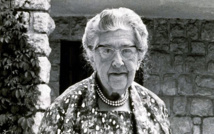 Fans flock to honour queen of crime fiction Agatha Christie