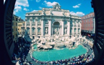 Cheers, kisses as Rome's Trevi Fountain reopens