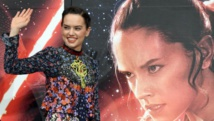 'Star Wars' mania at fever pitch before new film opens