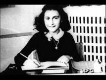 Anne Frank Fund fights plans to publish diary online