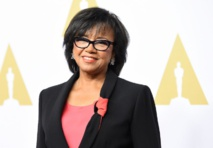 Oscars head re-elected after negotiating race row