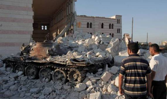Both sides brace for crucial battle for Syria's Aleppo