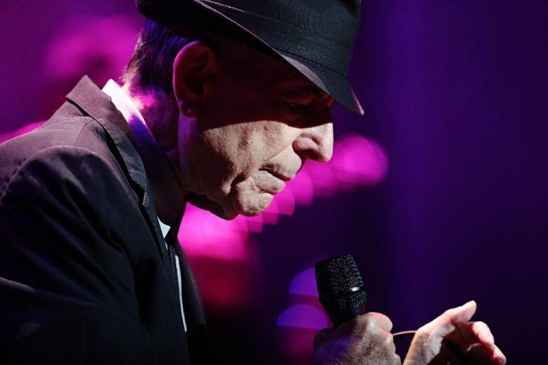 Leonard Cohen buried in Montreal: media