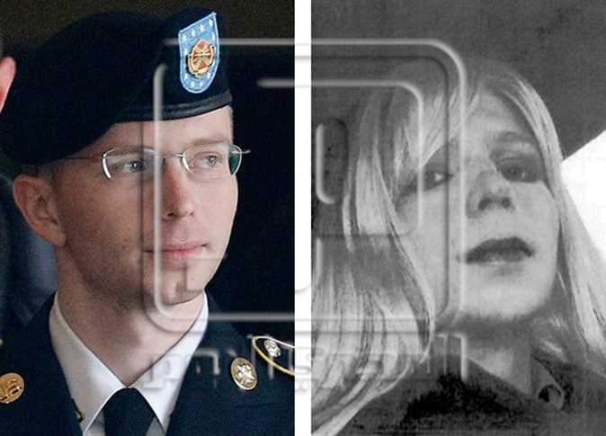 Obama commutes sentence of WikiLeaker Manning