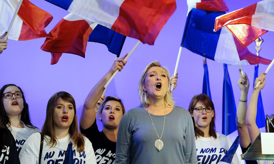 Le Pen loses EU immunity over IS atrocity tweets