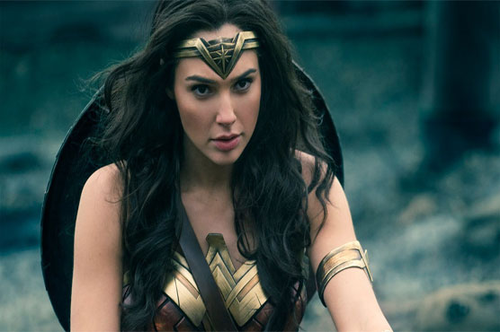 'Wonder Woman' stays strong at box office, leaving 'Mummy' in dust