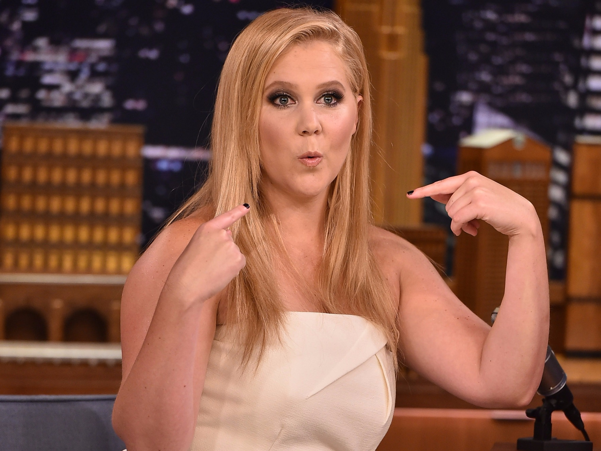 Amy Schumer to make Broadway debut in Steve Martin play
