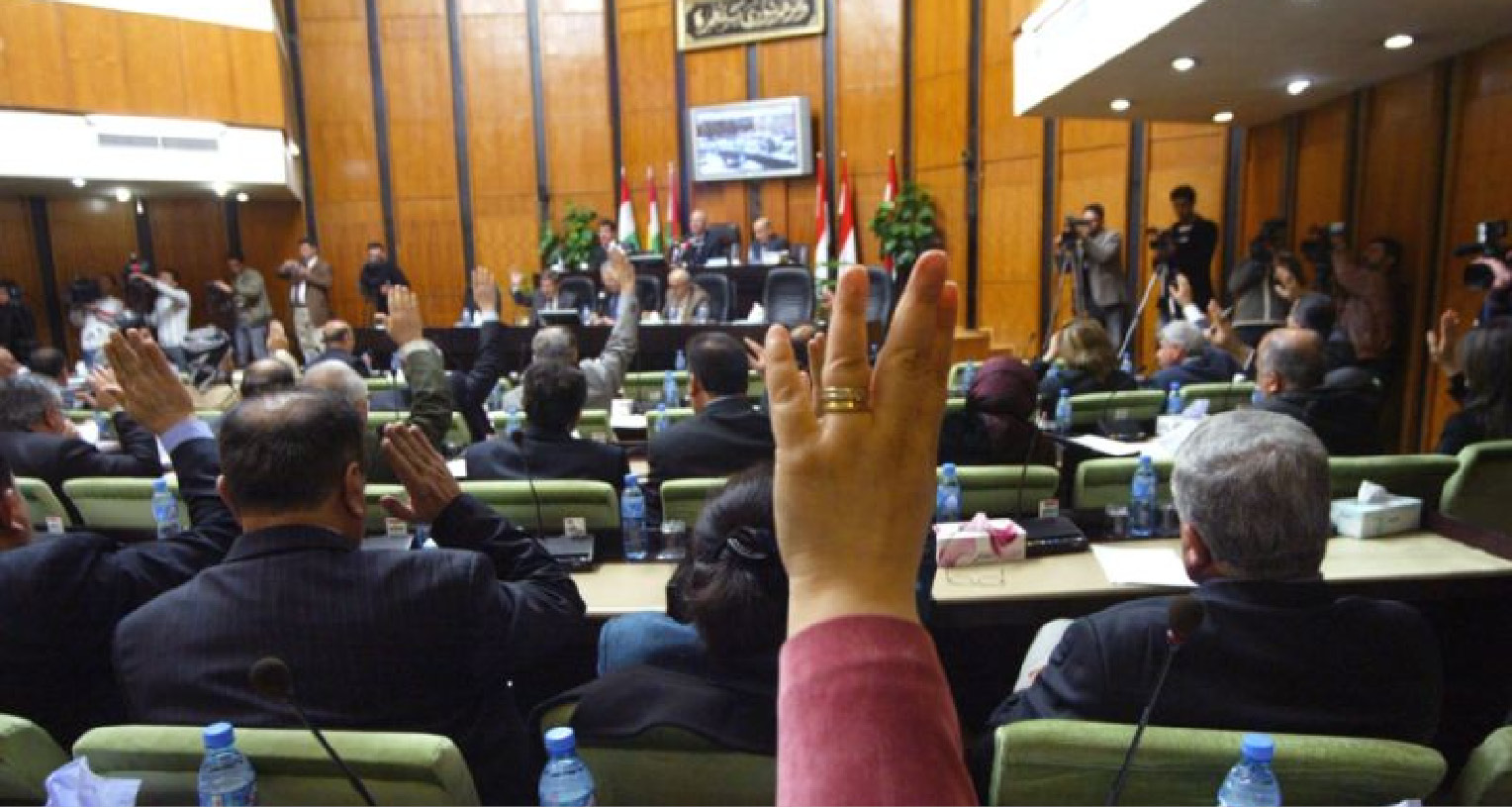 Kurdistan lawmakers vote in favour of holding independence referendum