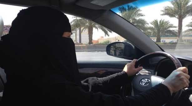 Women in Saudi Arabia granted right to drive