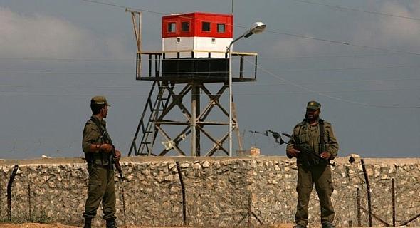 Gaza's Rafah border to Egypt opens under Palestinian Authority