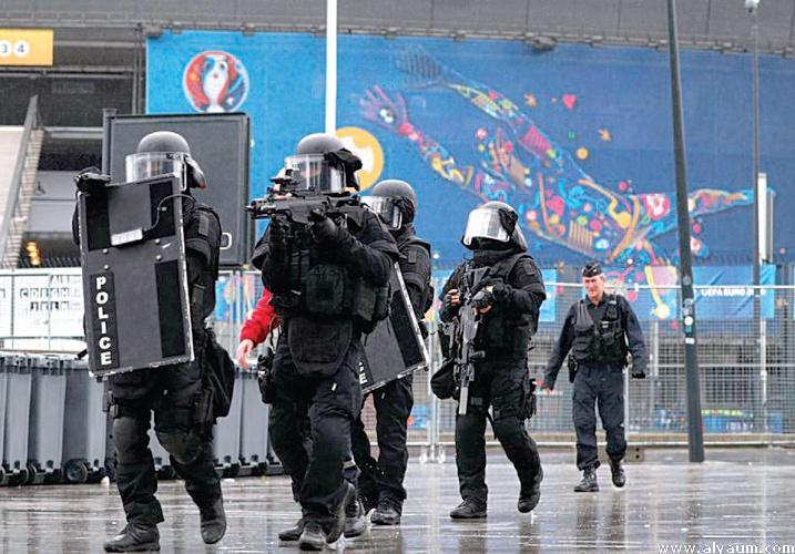 Security tighten across US, Europe ahead of New Year's parties