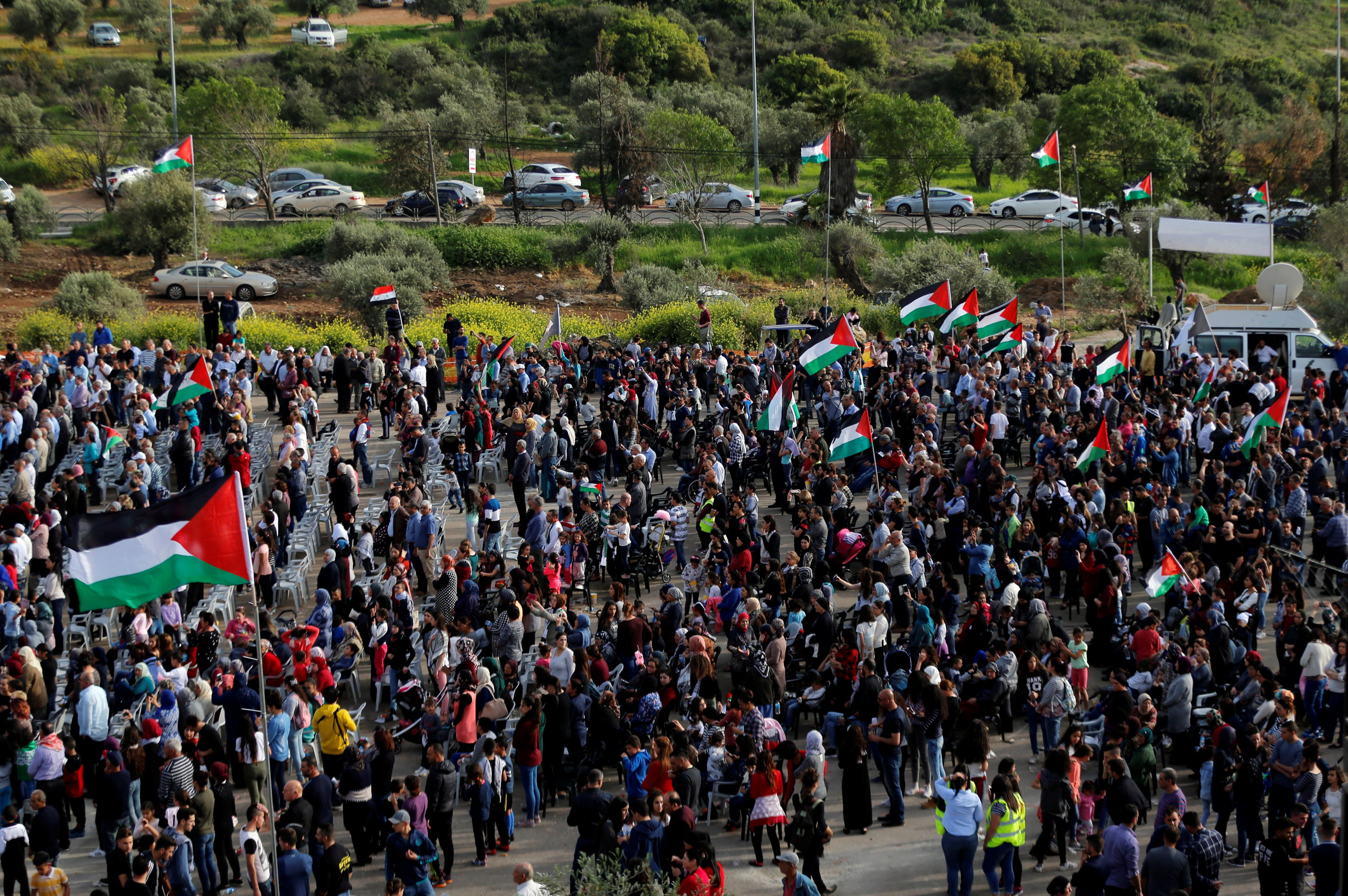 15 killed, 1,400 injured by Israeli troops during Gaza border march