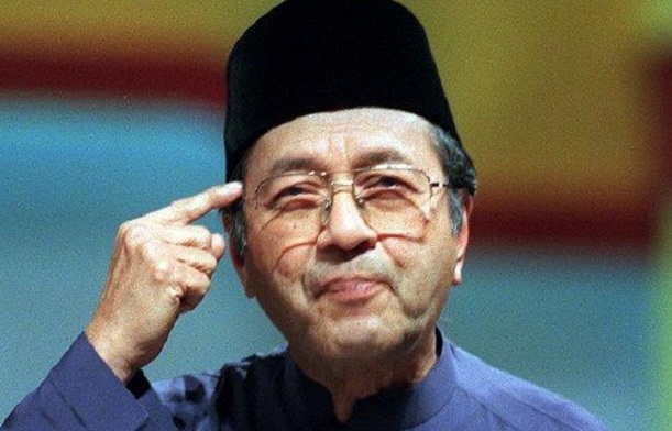 Mahathir: Malaysia's king to pardon jailed opposition leader Anwar
