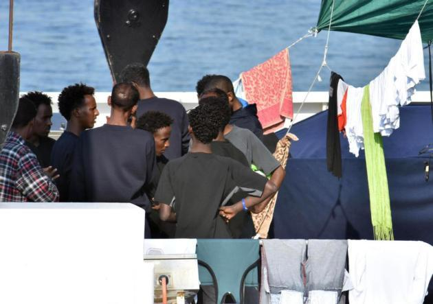 Fears of tuberculosis outbreak among migrants stuck on Italian ship
