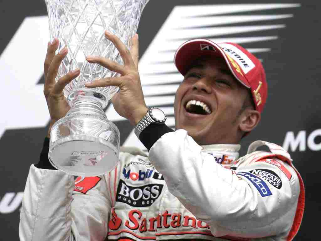 Hamilton captures pole position for Brazilian Grand Prix