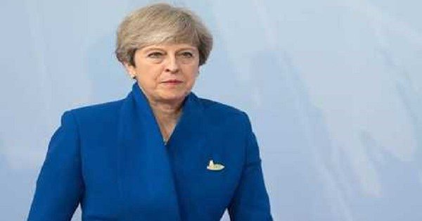 May hails Brexit political text as 'right deal for UK'