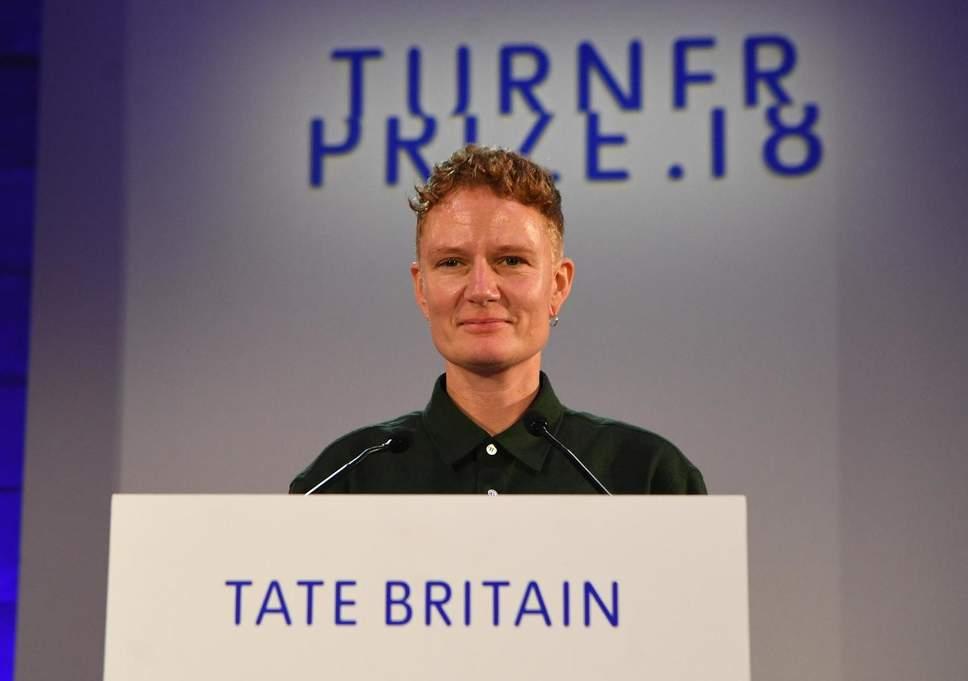 'iPhone artist' Charlotte Prodger wins 2018 Turner Prize