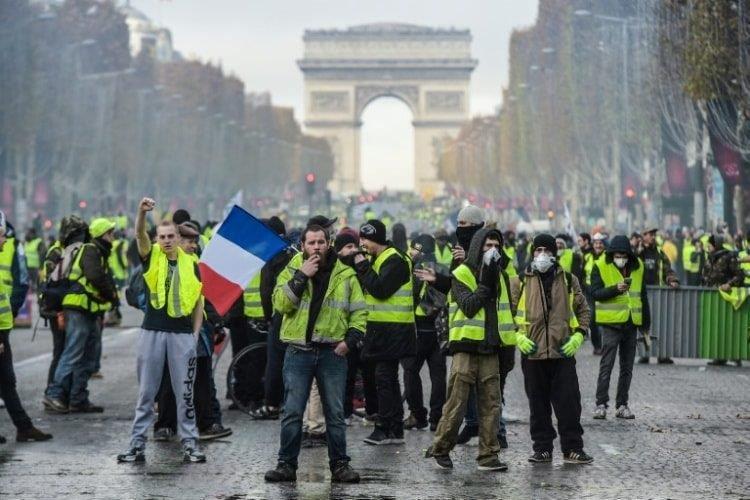 Top Yellow Vest protester held in Paris
