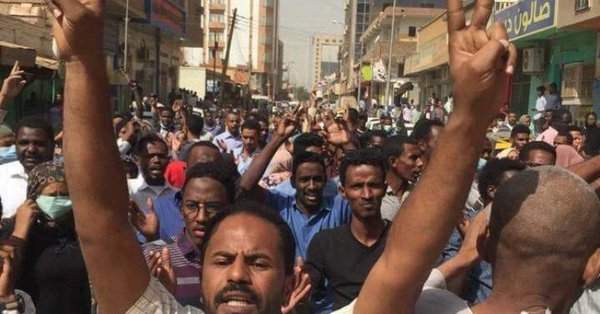 Sudan sit-in enters 11th day after African Union gives army ultimatum