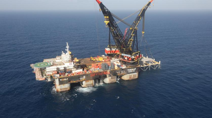 Israeli court halts work at gas field shortly before export to start