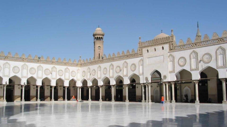 Egypt religious authorities close mosques, churches over coronavirus
