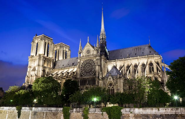 Notre Dame repairs resume after coronavirus rules force pause