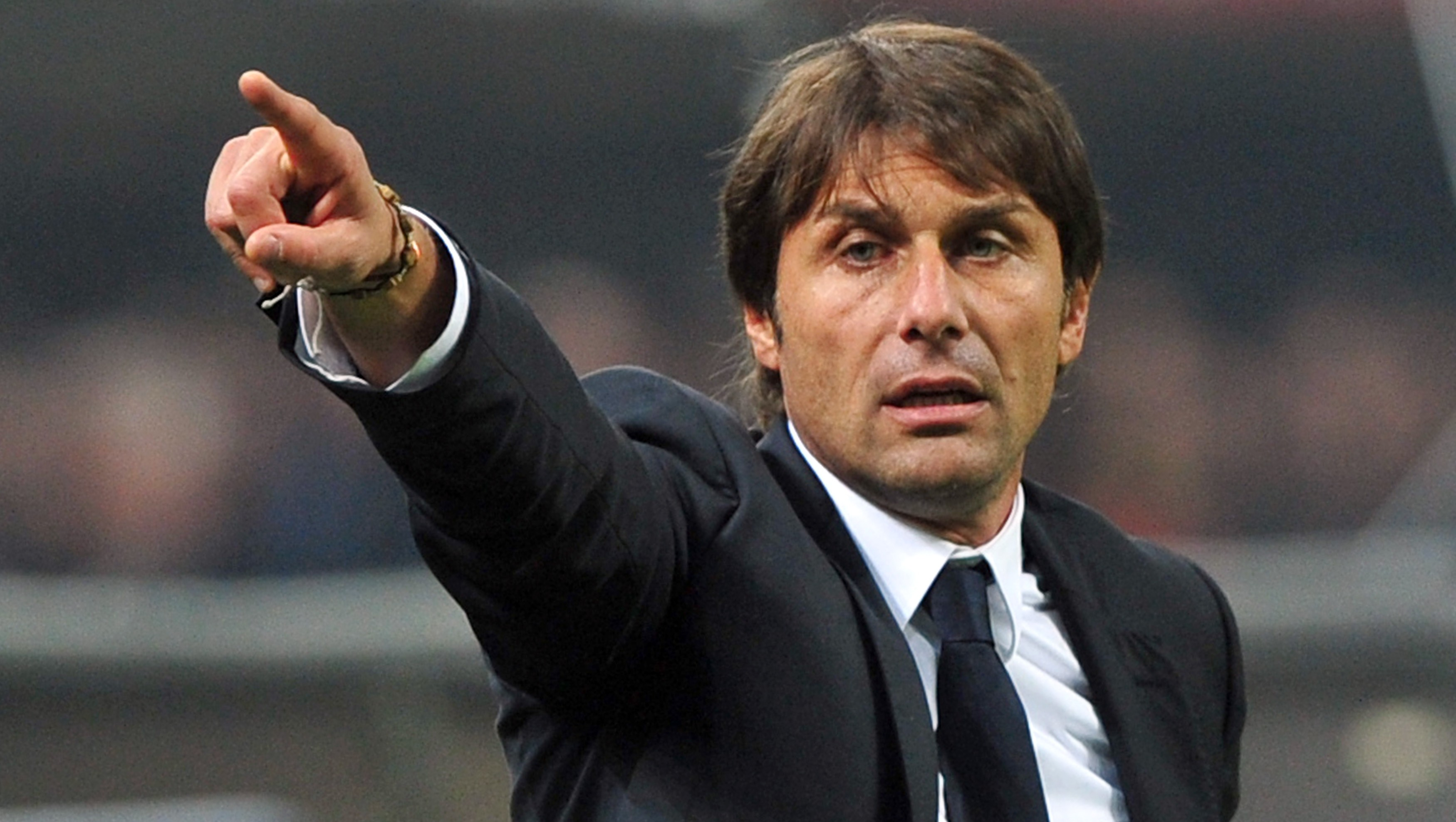 Conte: Italians can take summer holidays outside their homes